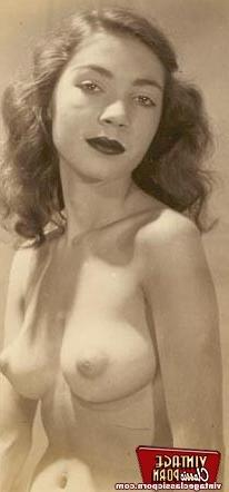 Ретро порно телочки – совершенно голые - порно фото