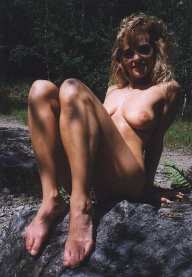 Эротические снимки раздетых барышень - порно фото
