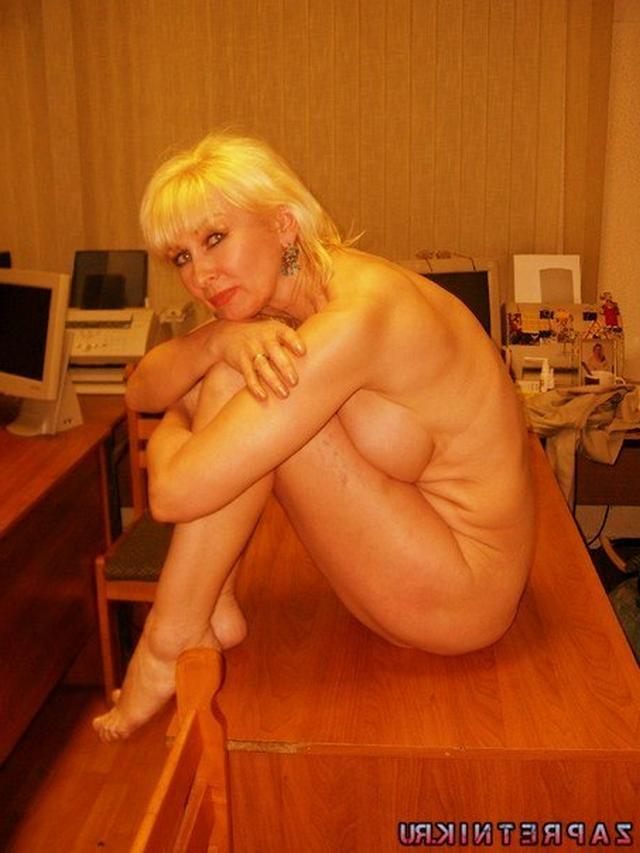 Опытные любовницы устроили мастер класс по соблазну - порно фото