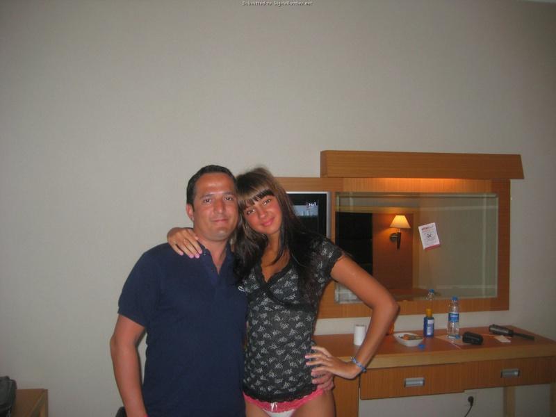 Мария Рябушкина отдыхает с партнером в Турции - порно фото