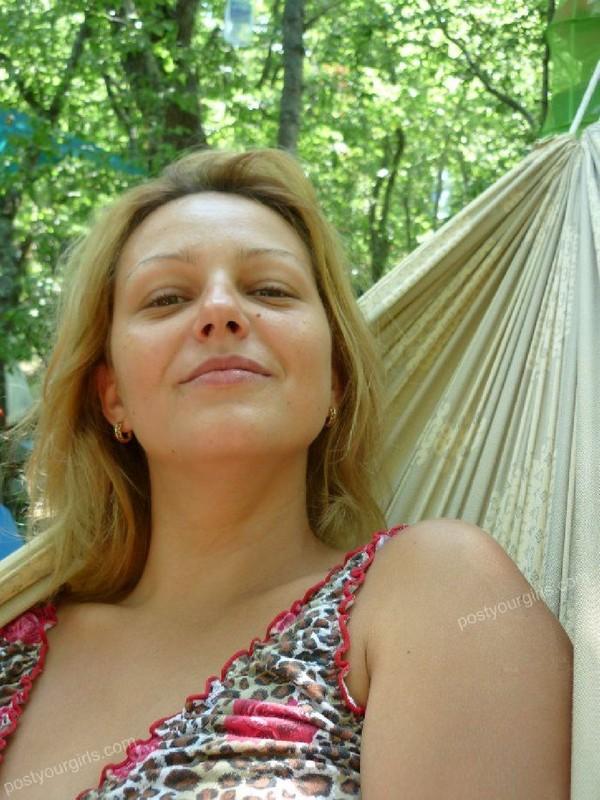 Звезда стриптиза поехала на отдых за границу - порно фото