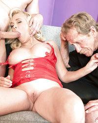 посоветовали Эротический массаж в дзержинске стопочку