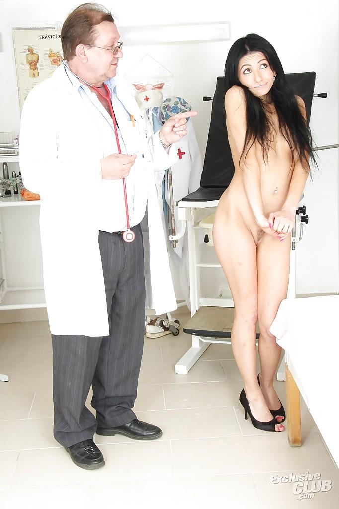 Порно Фото В Кабинете Гинеколога